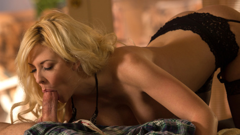 Passionate Blonde's Lucky Lover
